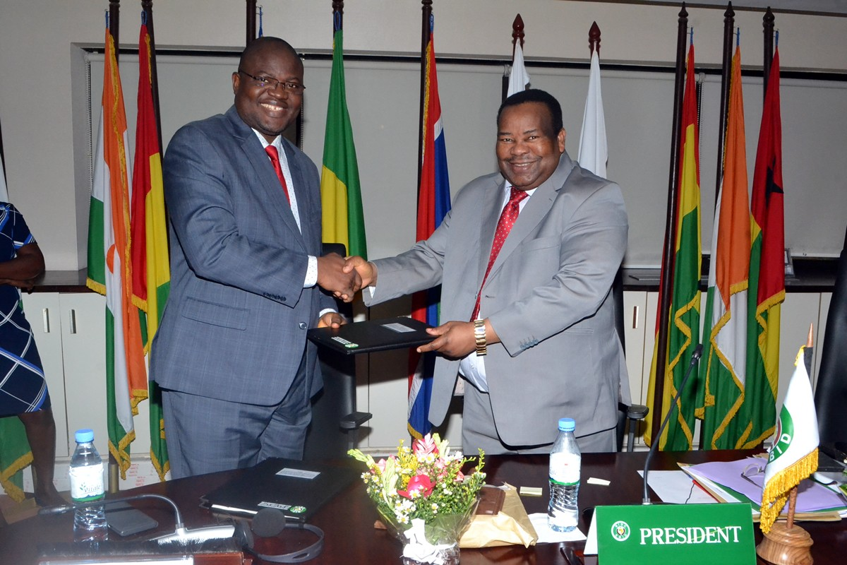 GoL, EBID Sign US$ 50M Loan Agreement to pave Southeastern Road