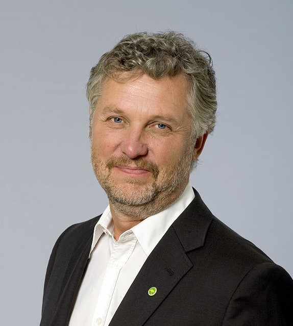 Minister-Peter-Eriksson